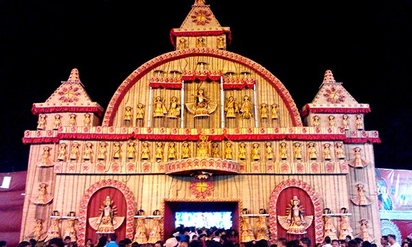 Top 9 durga puja pandals in mumbai traditional to modern chembur durga puja thecheapjerseys Images