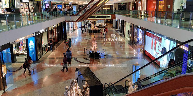 Infinity Mall Crowd