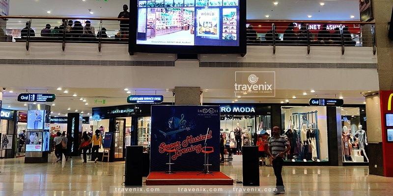 Infinity Mall Entrance
