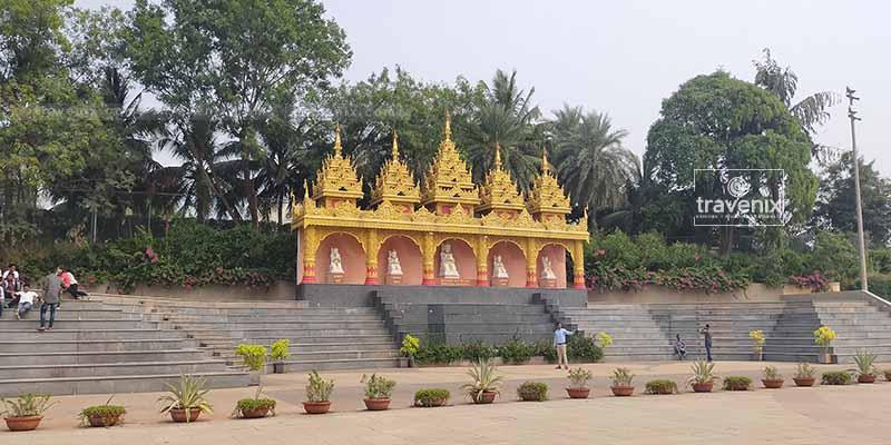 Global Vipassana Pagoda Outside