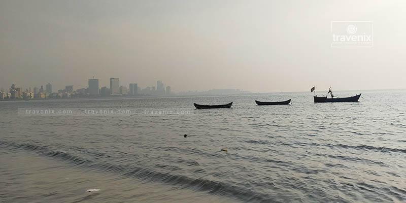 Marine Drive Beach Boats