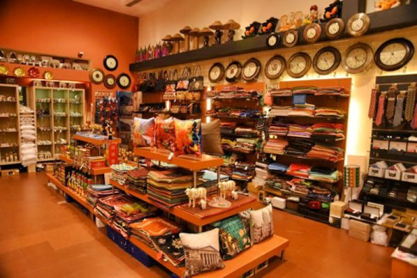 ... An Eclectic Mix Of Traditional And Contemporary Handicraft Items. With  A Fantastic Selection Of Artifacts, Bedroom Furnishings, Home Decor  Accessories, ...