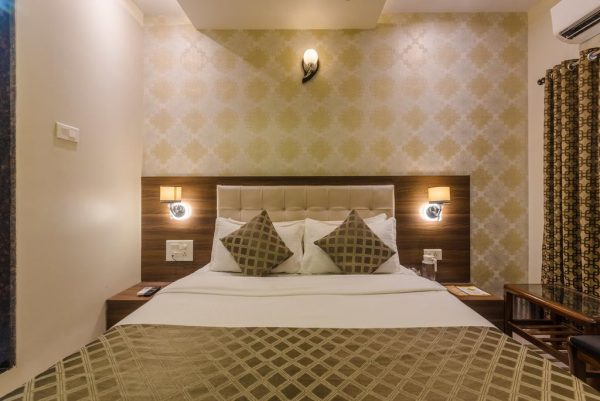 Affordable Hotels Near Us Consulate Mumbai
