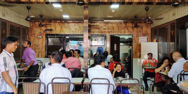 Vig Refreshments Chhole Bhature Shop Mumbai
