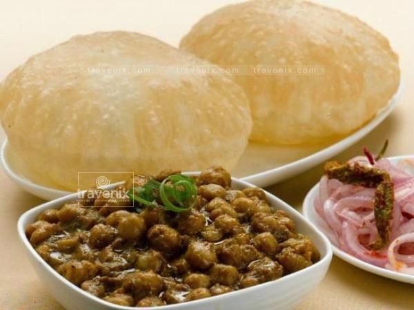 kailash-parbat chhole bhature