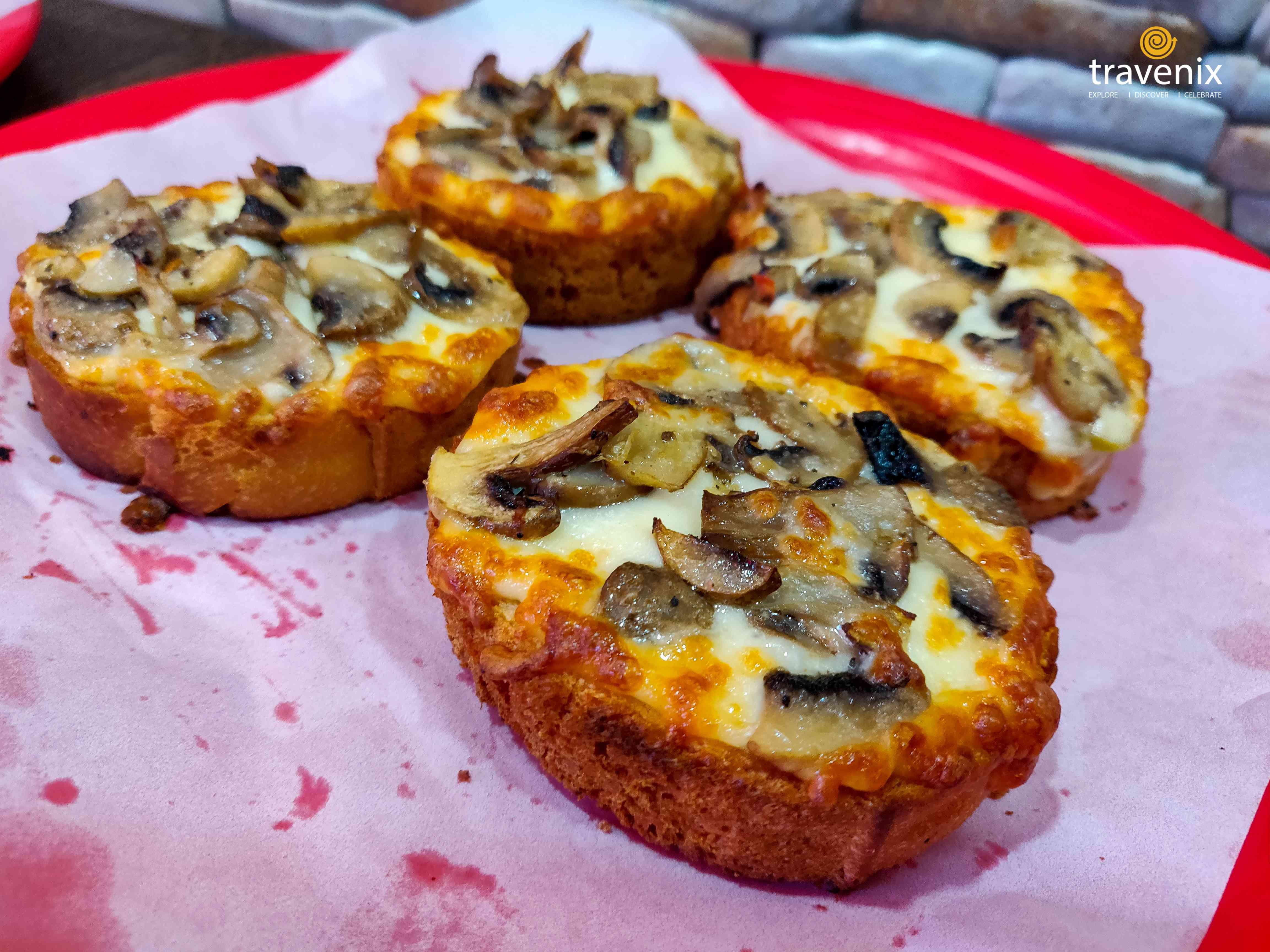 Mushroom Garlic Bread
