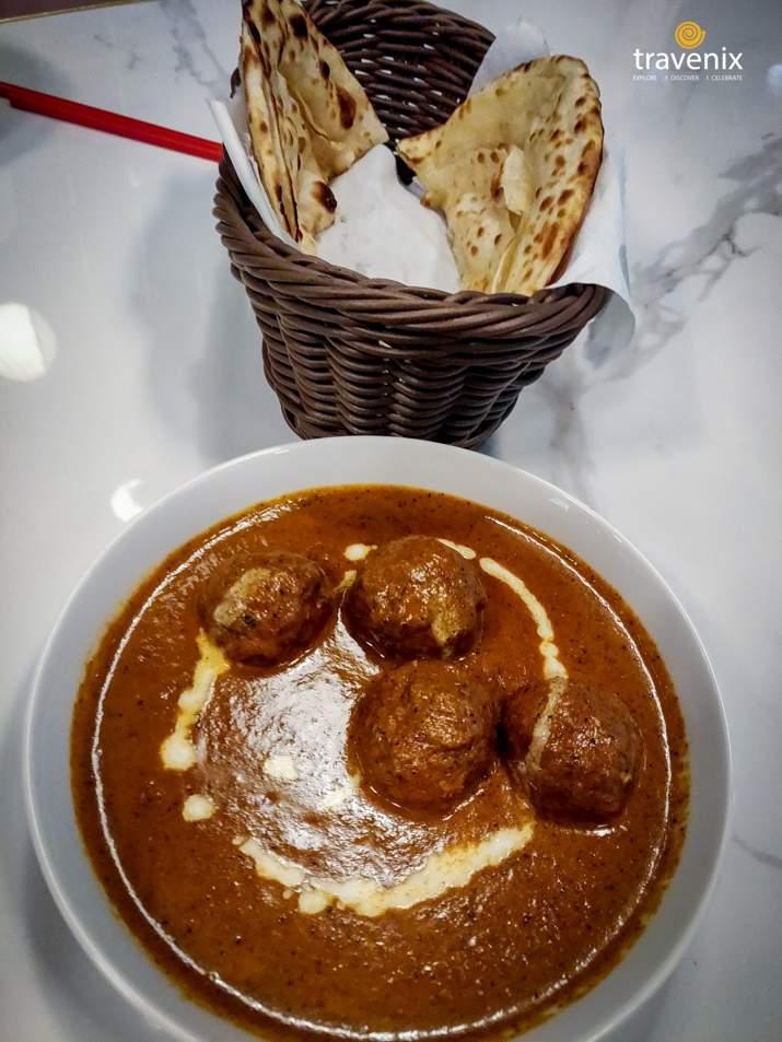 Yanna Rascala is a chicken and lachha paratha dish