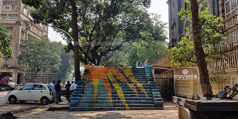 Colourful graffiti at Kalaghoda