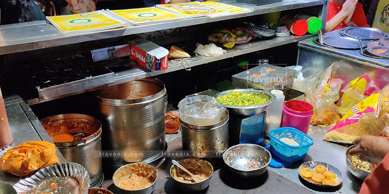 Ingredients of Paani Puri at Shreeji Stall
