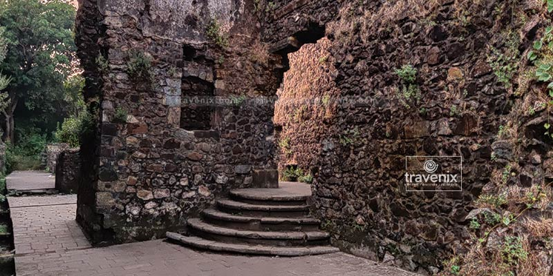 Old-age charm of Vasai Fort