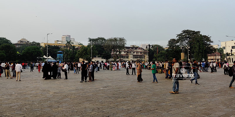 Surroundings of Gateway Of India