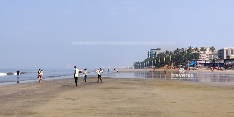 The scenic Juhu Beach
