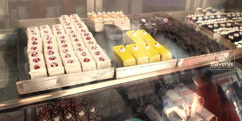 Yazdani Bakery Display