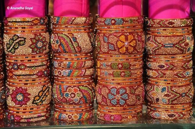 Laad Bazaar - Inditales