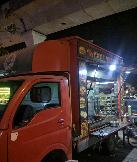 Food trucks at Madhapur