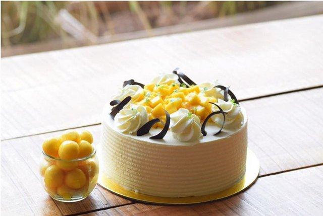 Mango Cream Cake from Concu