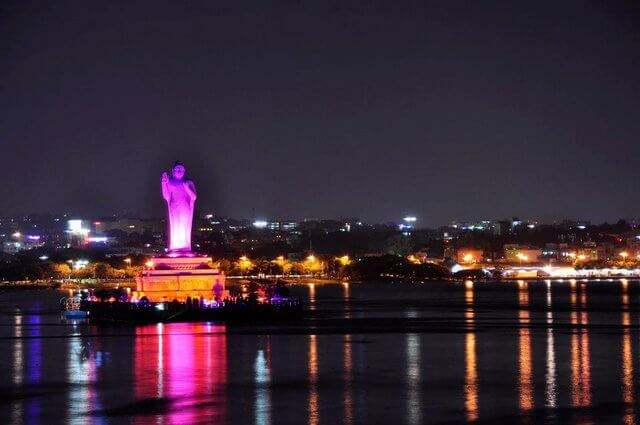 Hussain Sagar Lake at night